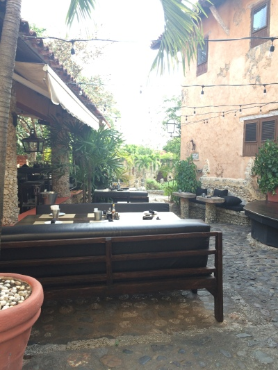 Outdoor restaurant seating in Altos de Chavon